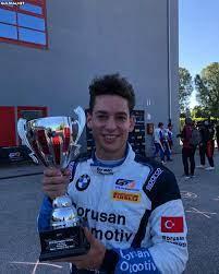 Cem Bolukbasi GT4 Avrupa sampiyonasinda sezonun ilk yarisinda birinci oldu  destegimizi esirgemeyelim tebrikler @cembolukbasi as... - Guldum.net - Caps  arama motoru
