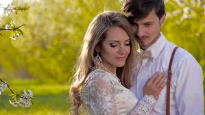 happiness love couple in the stock fooe video 100 royalty free 10023491 shutterstock