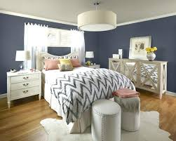 gray walls blue bedding medium size of awesome grey and red what color