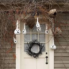 View in gallery Creative Halloween porch decoration idea