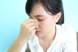 đau đầu dẫn đến duy giãn tĩnh mạch