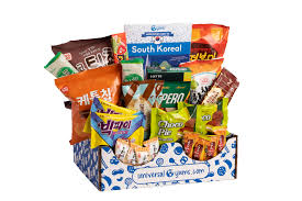 <b>Universal</b> Yums | Snacks from around the world delivered monthly