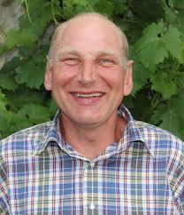 Martin Knecht. Maurer, gehört seit 1986 zum Team - 12ae6b3ce9