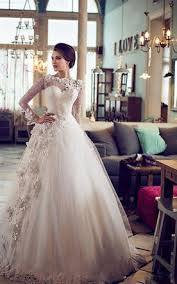 dress for winter wedding. elegant bateau long sleeve tulle wedding dress with flowers lace for winter