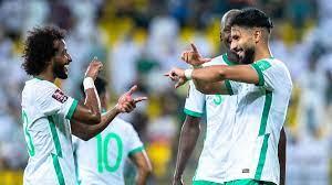 منتخب السعودية يواجه عمان بحثاً عن الانتصار الثاني