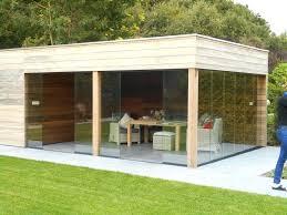 prefab garden office. Prefab Outdoor Office Een Tuinhuis Met Plat Dak Oogt Strak En Modern Kan Ook Garden E