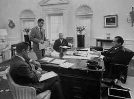 nixon office. Nixon_ovaloffice.jpg Nixon Office R