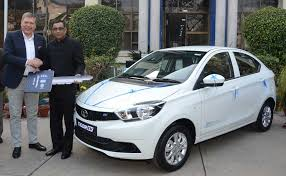 tata motors today delivered the first set of tigor electric vehicles evs to state run energy efficiency services limited eesl as part of their
