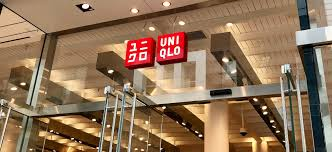 uniqlo the strategy behind the global anese fast fashion rel brand martin roll
