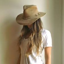 discover ideas about outfits with hats