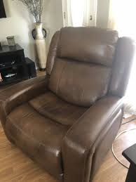 havertys leather electric recliner