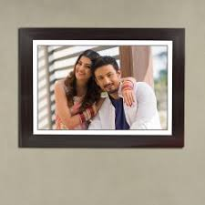 black portrait couple frame