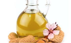 Resultado de imagen de aceite de almendras para el pelo encrespado