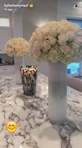 Snap Chat, Holiday Decor, Kylie Jenner, Wedding Inspiration, Home Decor,  Interior Design, White Vases, Kitchen Dining Rooms, Flowers