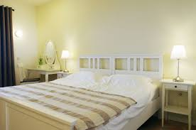 bedroom with 3 single beds or a combination