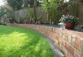 Small Picture Border designs for gardens