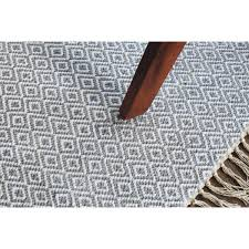 hand woven flatweave 4 x 6 grey diamond patterned rug style