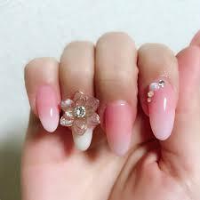 白 ピンク ネイル セルフ