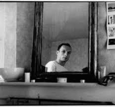 Resultado de imagen de Hombre Del espejo