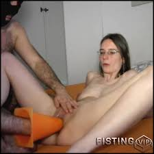 Pussy fisting and insertions