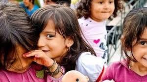 Αποτέλεσμα εικόνας για φωτο προσφυγοπουλα
