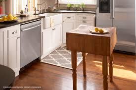 kitchen island ideas to make a small kitchen look bigger