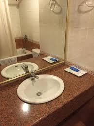 crystal crown hotel shower with bathtub