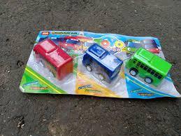 set mainan kendaraan