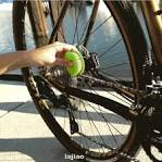 Practical Cycling Portable Easy Apply Lubricating <b>Bike Chain Oiler</b> ...