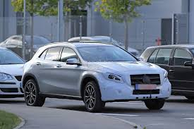 2018 Mercedes-Benz GLA Facelift Caught With Much Higher Ground ...