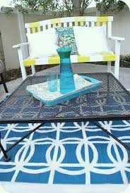 stenciled circle rug tutorial spray paint project