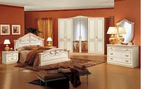 Traditional Bedroom Furniture - thegreenstation.us