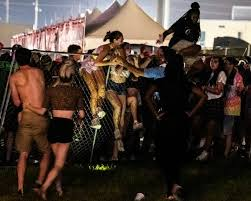 Stampede Looting At Lil Waynes Music Festival