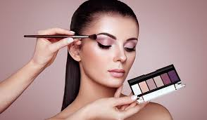 eyeshadow tips and tricks so you don t get your eye makeup wrong ever