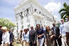 Ficheiro:Michelle Obama 2010 Haiti ...