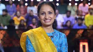 KBC 10 contestant Priyanka Singh: I couldn't take my eyes off Amitabh  Bachchan | Entertainment News,The Indian Express