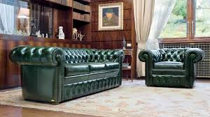 Living Room With Chesterfield Sofa Home Design Chesterfield Sofa Interior Design Cabin Dining
