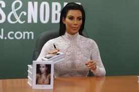kim kardashian and makeup artist mario dedivanovic to se makeup master cl