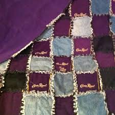 3380ab74badf4f9417ede14a50a556da.jpg 640×640 pixels | Quilts ... & Crown Royal Quilt with Bags and Old Jeans.I think I would just use black  jeans tho Adamdwight.com