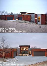 Flat roof house plans   aesthetics and functionalityFlat roof house plans in the city