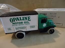 sinclair opaline truck 1 opaline motor oil 1926 mac truck bank ertl stock 2120 ebay