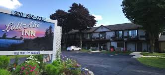 Lull-Abi Inn Egg Harbor - Great value Door County WI hotels and motels