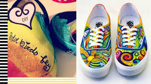 Cool Designs To Paint On Shoes Diy Painted Shoes 2 Minute Tutorials