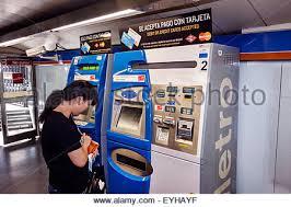 Vending Machine In Spanish Best Metro Ticket Machine In Madrid Spain Stock Photo 48 Alamy