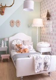 Wat Een Schattige Pastel Tinten Voor Een Meisjeskamer Foto
