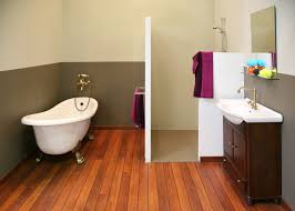 Type of paint for bathrooms Grey Choose The Right Type Of Paint For Your Bathroom Brewers Tips For Painting Bathrooms Brewers Know How The Decorating