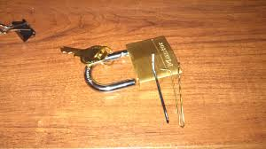 Picked my first lock with bobby pins Feels good lockpicking
