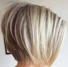 تسريحات مبتكرة تمنح الشعر الخفيف مظهرا كثيفا فوشيا