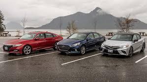 2018 Midsize Sedan Comparison Honda Accord Vs Toyota Camry