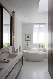 Small Narrow Bathrooms 17 Best Ideas About Small Narrow Bathroom On Pinterest Narrow